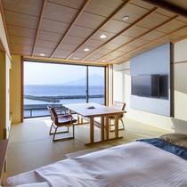 【和洋室】2018年新しくオープンした客室。4K50インチのテレビ付きです。