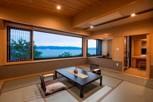 【禁煙】MINAMO展望風呂付和室12畳203号室