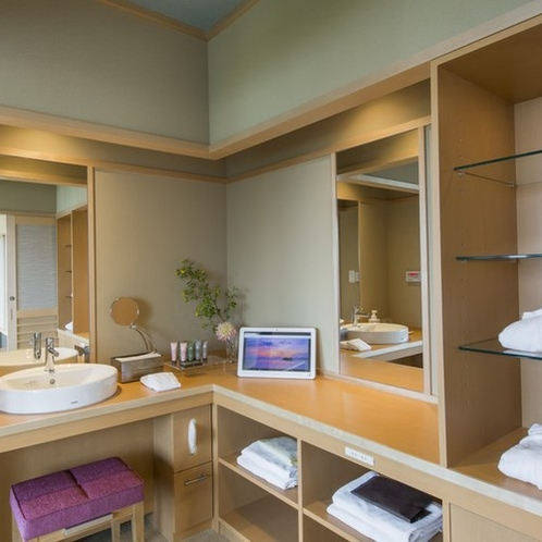【禁煙】デザインフロアMINAMO展望風呂付和室12畳203号室