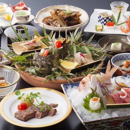 露天風呂付客室季節の会席料理夏イメージ