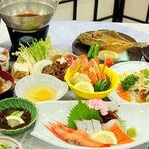 【得々懐石コース】お料理一例。ホテル丹後自慢の季節味わいをぜひ♪