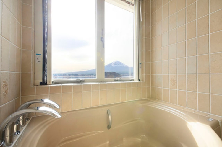 カモミール 浴槽から富士山