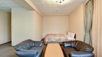 *[デラックスダブルルーム一例]お部屋広々♪快適なゆとり空間