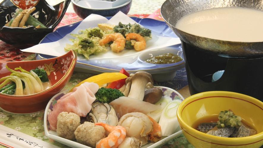 ■ご夕食一例・冬限定 豆乳鍋_まろやか&ヘルシーなオリジナルの豆乳だしで楽しむ福島ブランド・麓山高原