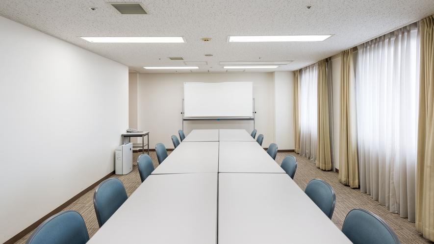 会議室ローズ3