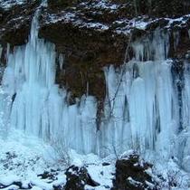 横谷渓谷氷瀑