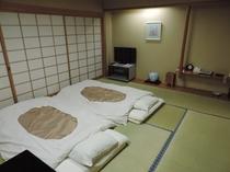 和室【広々12畳】