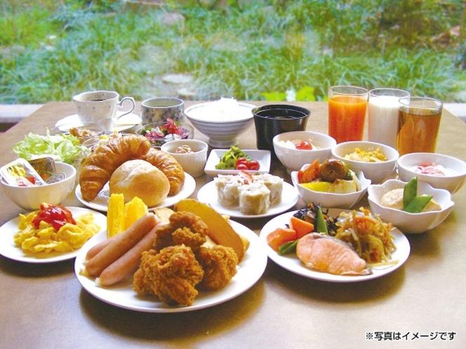 朝食バイキング(イメージ)和洋50種類の豊富なシェフ特製健康メニュー
