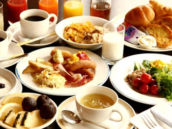 朝食バイキング(和洋50種類の豊富なシェフ特製健康メニュー)