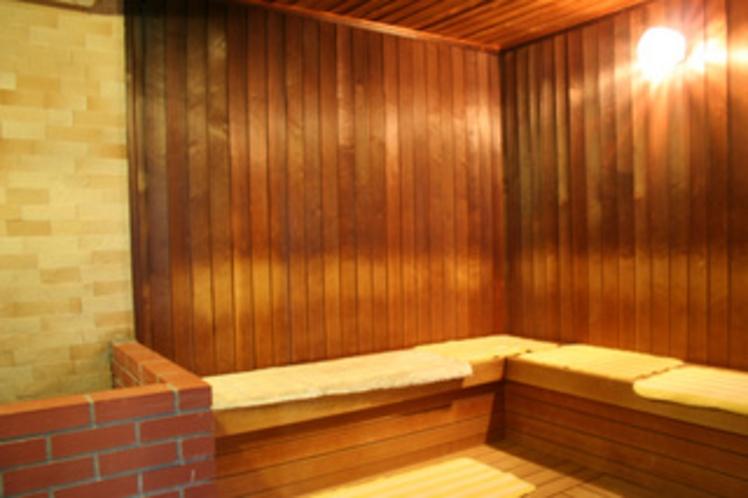 大浴場併設のサウナ