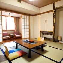 ゲレンデ側の和室8畳(洗面+トイレ付)