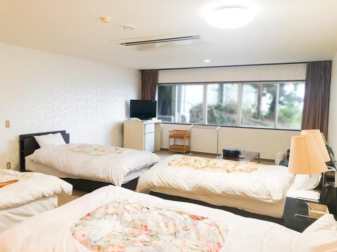 【潮騒館】洋室4ベッド
