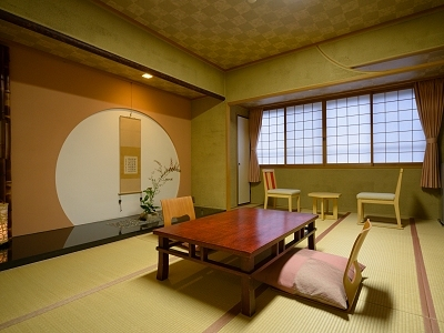 ひのき風呂付客室「円月」