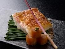甘鯛をシンプルな焼き物で