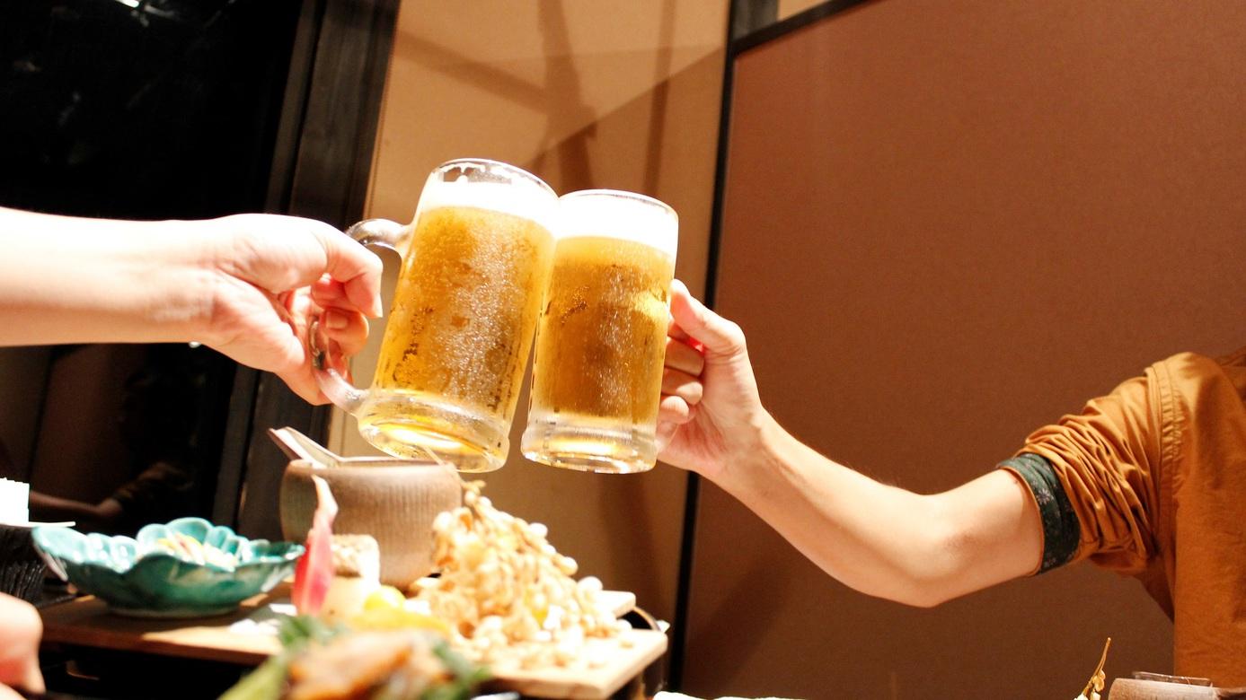 ご夕食のお供に。ビールや日本酒、焼酎・ワイン等、地ビールもあります