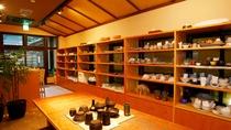【陶芸工房 釉らく】本格的な陶芸体験をお愉しみいただけます。(ご予約優先/木曜定休日)