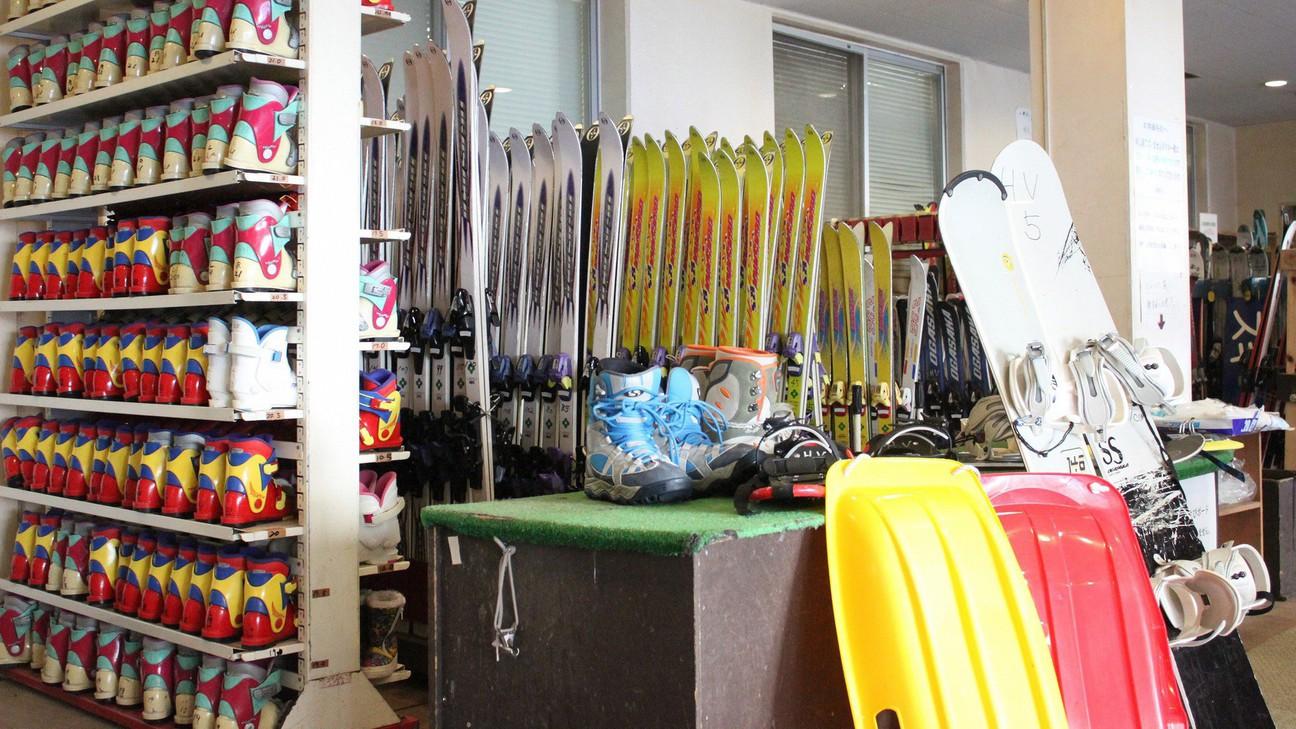 【レンタルスキー】ホテル館内にて皆様のお越しをお待ち致しております。