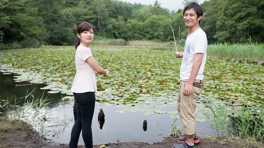 【森のつりぼり】自然の池の中で、クチボソ・マブナが釣れます。