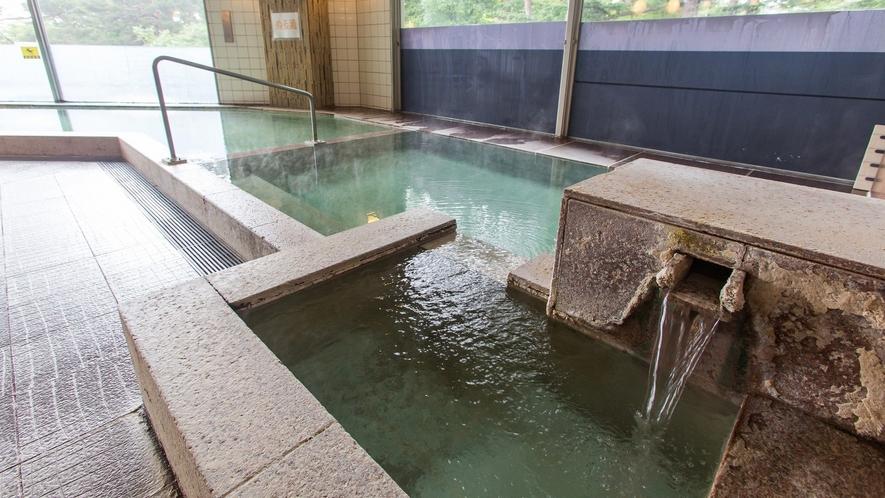 【草津温泉・万代鉱源泉】万代鉱の浴場は、プール&温泉館「テルメテルメ」でご利用いただけます。