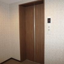 廊下 エレベーター