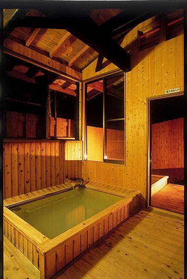 貸切風呂(ライトアップ)