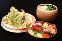 天ぷらうどんとミニ海鮮丼