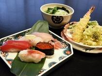 寿司と天ぷらうどん