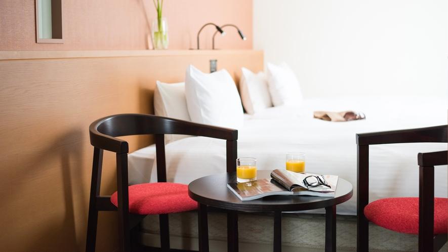 客室【コーナーツイン】24平米 ベッド幅122cm 多機能シャワーブース