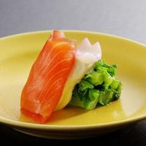 【夕食】菜の花 スモークサーモン 白酢掛け