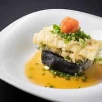 【揚げ肴】1本穴子天婦羅、竹炭豆腐、舞茸、薬味、美味出汁<越後ごっつぉ~ECHIGO~>
