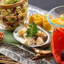 【前菜】鮑と筍、枝豆、四季の酒菜盛り合わせ★『弥彦ごっつぉ』