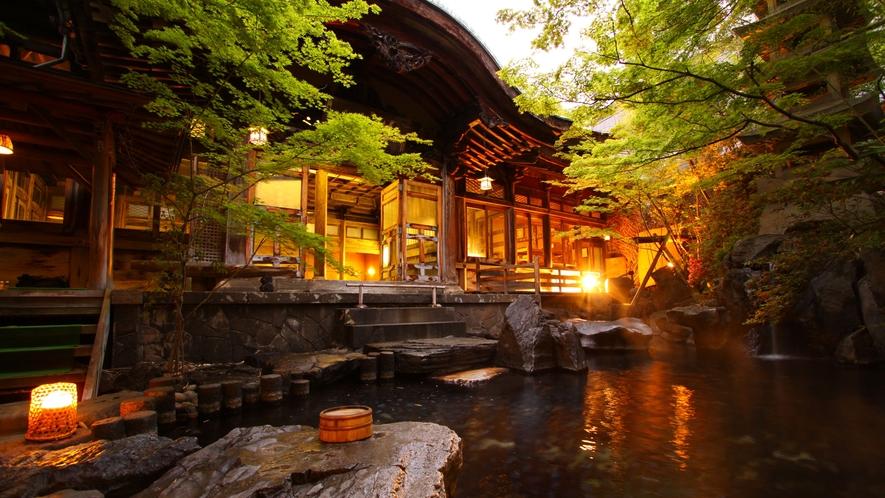 【庭園露天風呂】夕景