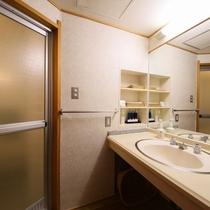 和室10畳 お部屋の設備の一例