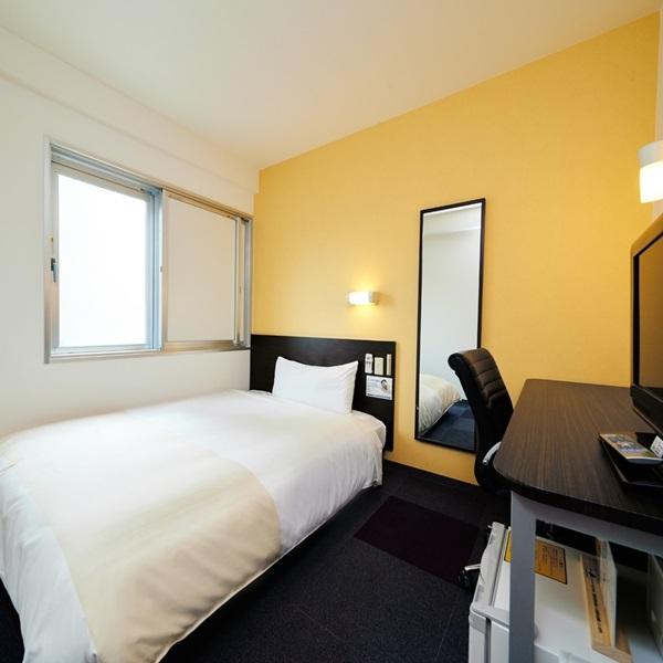 【シングルルーム】眠りを追求した150cmワイドベッドでぐっすり♪