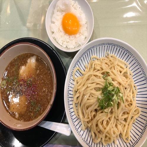 【麺や 五山】スープ売れ切れ次第終了、つけ麺が人気!