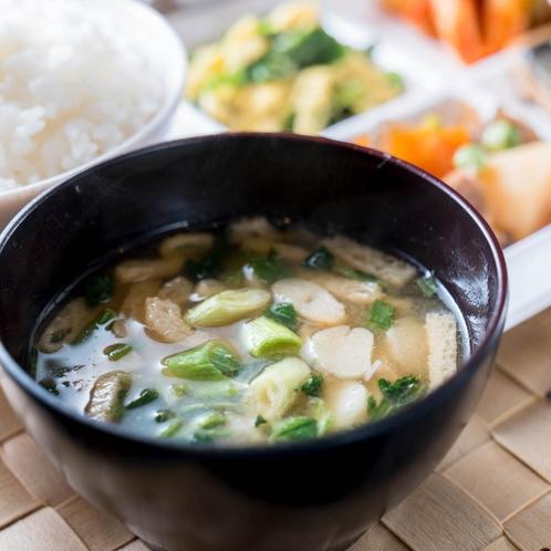 【Organic】有機大豆・有機米を使用したお味噌汁でほっと一息♪