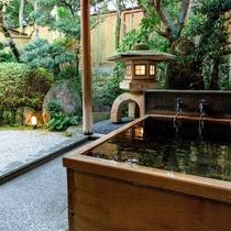 [山茶亭/山吹]和室10畳・ヒノキの木風呂