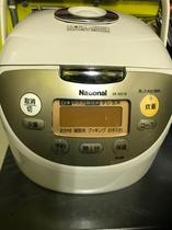 共同電気炊飯器
