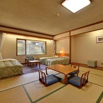 *和洋室/バストイレ洗面別。広々としたお部屋はファミリーでのご利用にオススメ。