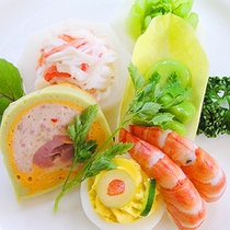 小海老のシュリンプと季節の野菜のオードブル キリリと冷えた白ワインで・・♪