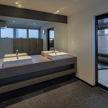浴場「ふくのゆ」男性脱衣所