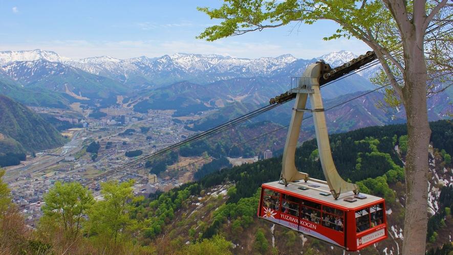 Greenシーズン『湯沢高原アルプの里』残雪残る山々ロープウェイでの空中散歩