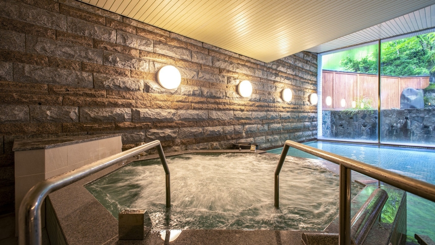男性大浴場】心地よい泡で体をほぐす「ジャグジー」を新設!