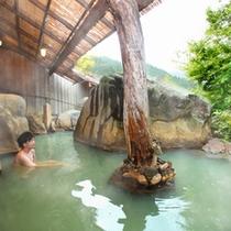 【ホテル内大浴場】露天
