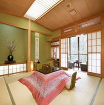 緑水亭客室一例  【冬期にはコタツのご用意があります。】