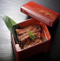 鰻の蒲焼き (別注 1枚・2,300円〜)