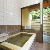 【貸切風呂】 内湯・檜風呂