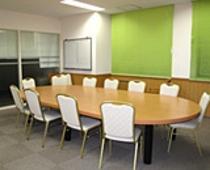 【会議室(小)】大・中・小の会議室がございます