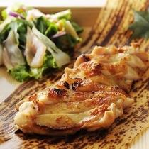 【居酒家かまどか】 鶏モモの一枚焼き