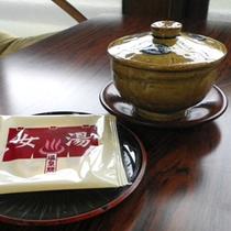 *お茶とお菓子